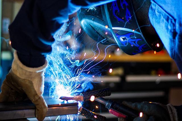 welding-1209208_640